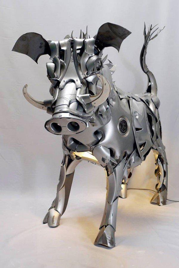 Esculturas criativas feitas de calotas (4)