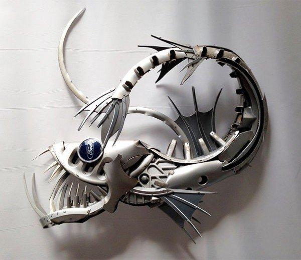 Esculturas criativas feitas de calotas (12)