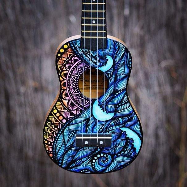 instrumentos-musicais-decorados-com-pinturas (2)