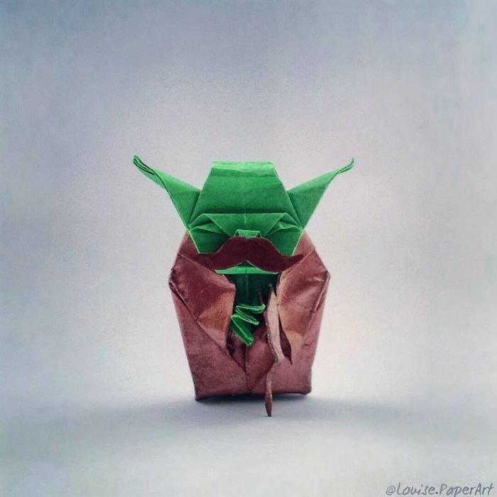 Origami feito com o personagem Yoda