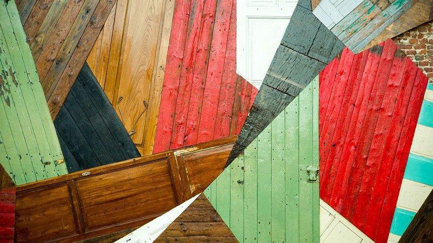 Arte urbana feita com madeira (8)