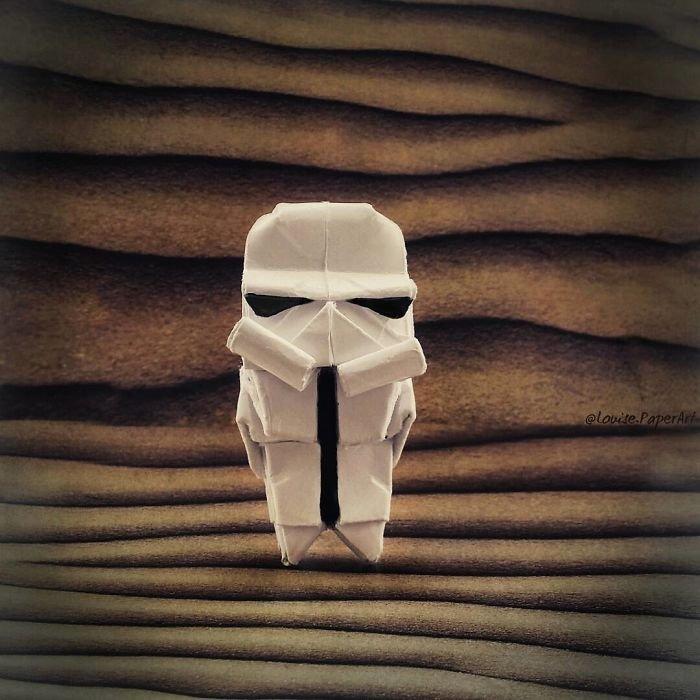 Origami feito com o personagem Stormtrooper